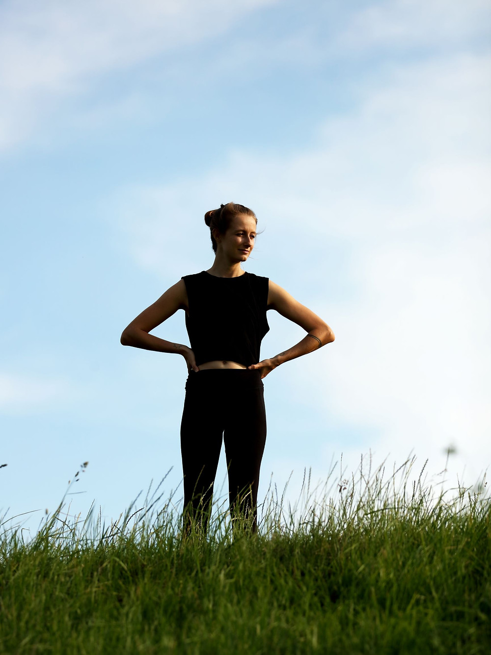 janice-allermann-standing-in-nature-at-home