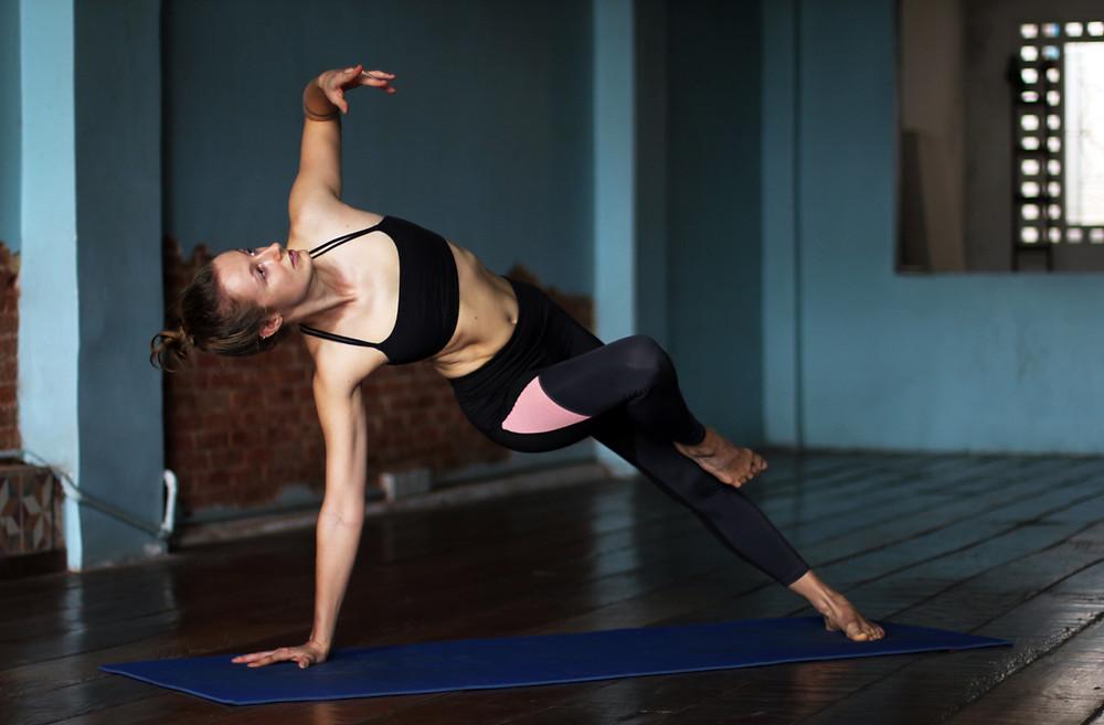 yoga-practice-studio-self-practice-janice-allermann