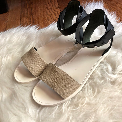 Vince. Sandals - size 5