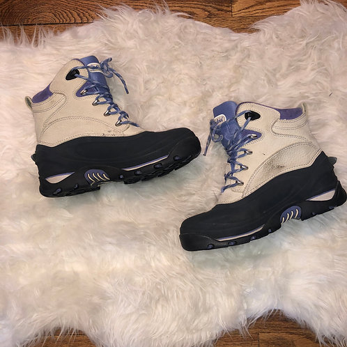 Columbia Boots - size 8.5