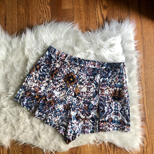 Forever 21 Shorts - size L