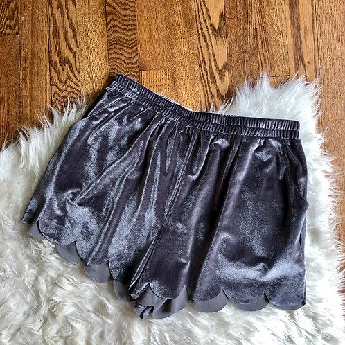 Entro Shorts - size M