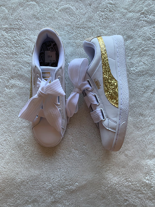 Puma Shoes - size 10