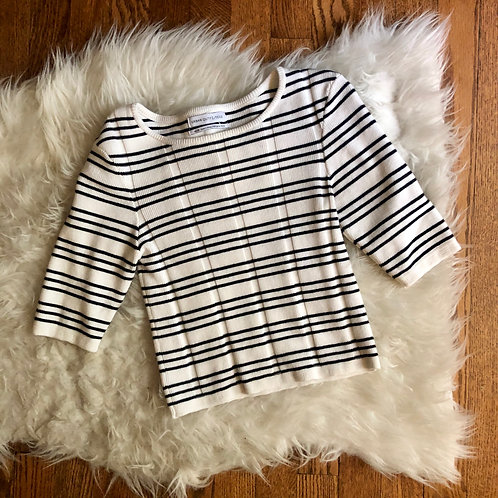 Urban Outfitters Tee - Size XS