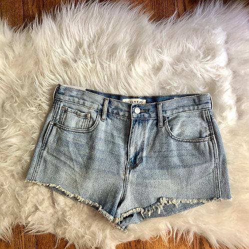 Bullhead Shorts - size 6