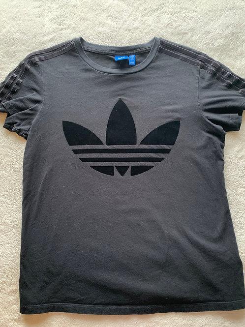 Adidas Tee - size S
