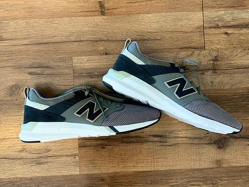 New Balance Tennis Shoes - Sz: 12