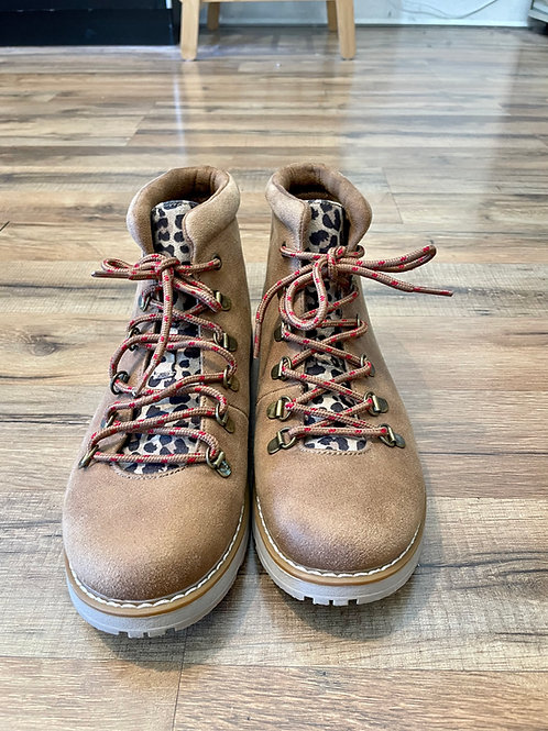 Bobs Boots - size 8