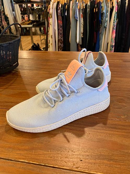 Adidas Shoes- Sz 7
