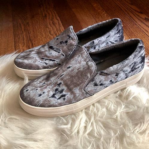 Steve Madden Shoes - size 10