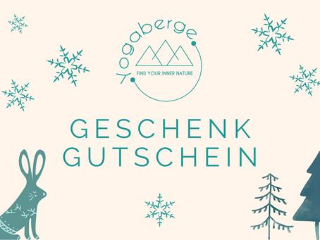 Yoga als Geschenk - jetzt als Yogaberge Gutschein im Winterdesign erhältlich!