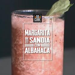 Margarita-de-Sandía-con-Albahaca