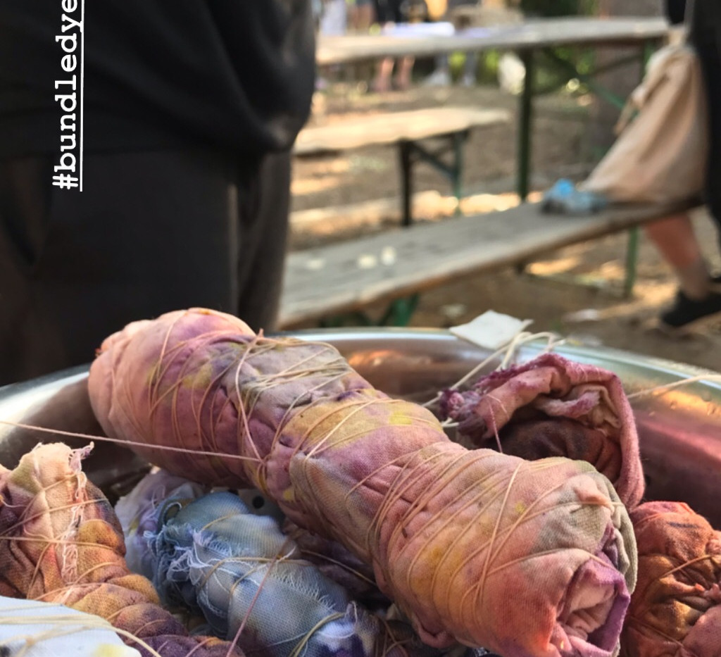 Dyeing Bundles for Eco Printing