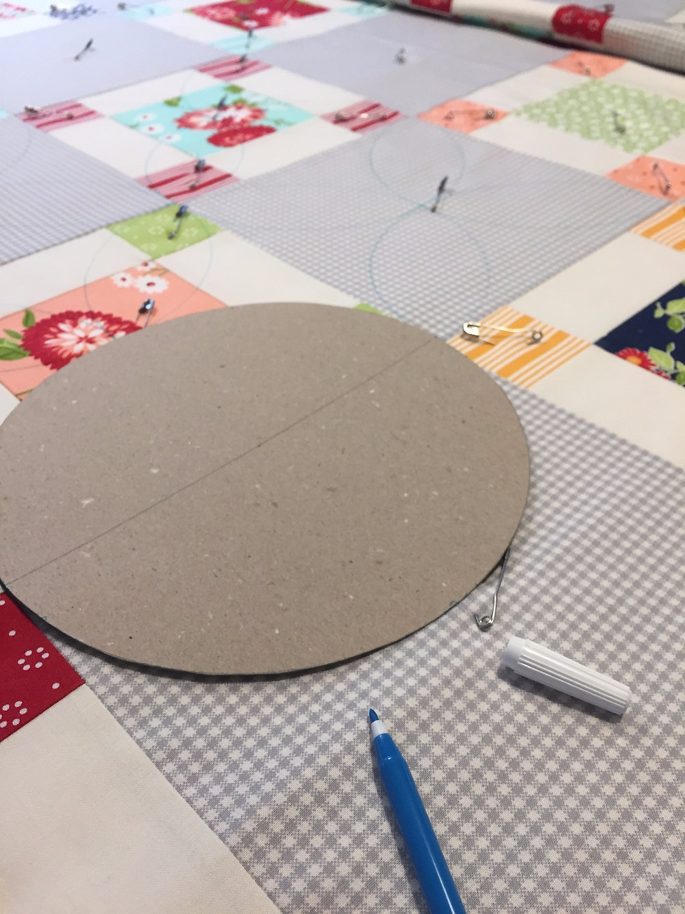 hand quilting cakestand quilts