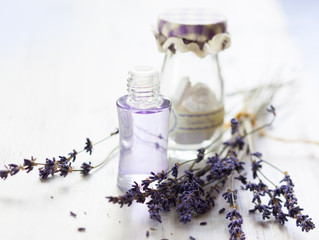 Aromatherapy: Spike Lavender Oil