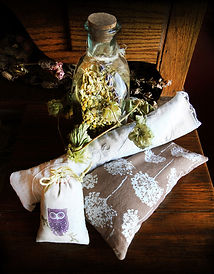 How to make herbal pillows.