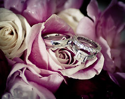 Clean diamond rings without chemicals.