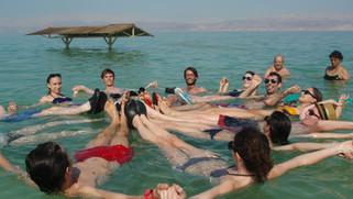死海:死而復生!《以西結書》末日預言應驗!苦水變甜!魚兒暢泳!地球新低點!活現生機!