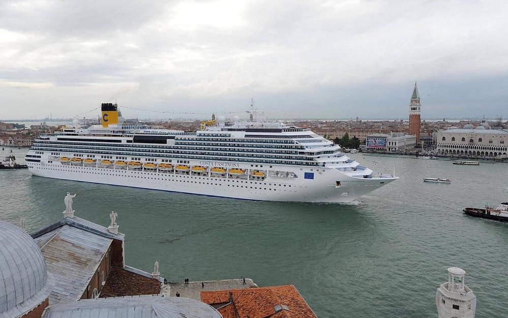 船舶超過5.5萬噸將不得不停靠在大陸的馬格拉