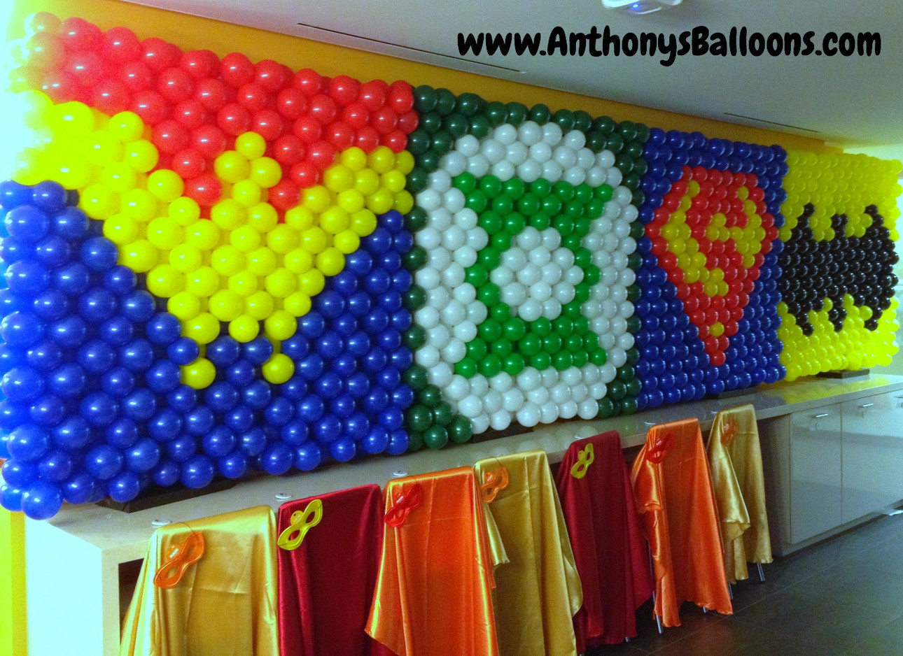 Super Hero Logo Balloon Wall