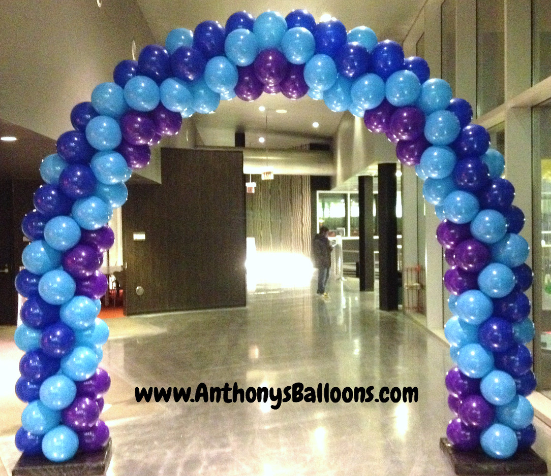 Crown Styled Balloon Arch