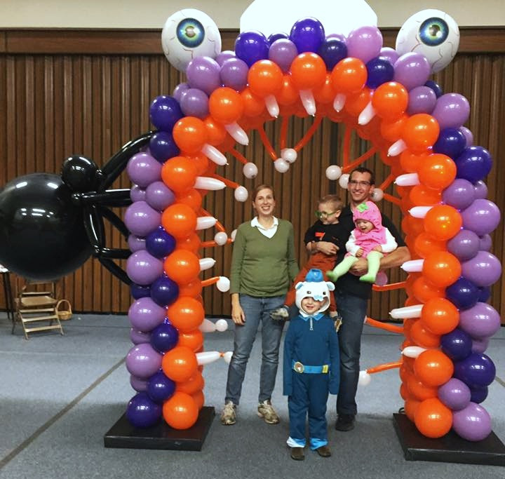 Monster and Spider Balloon Arch