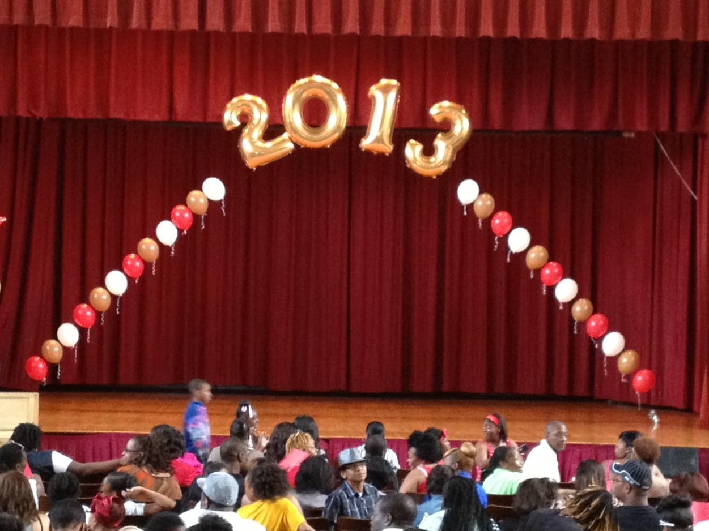 Graduation String Arch