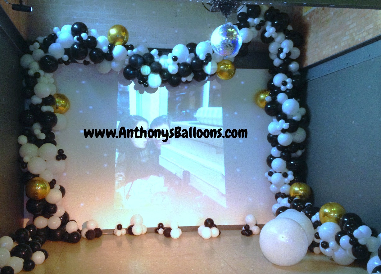 Frameless Organic Balloon Garland