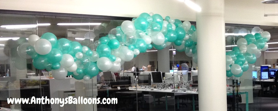 Frameless Balloon Garland
