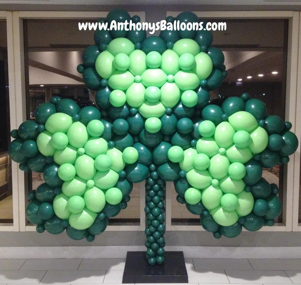 Shamrock Balloon Sculpture