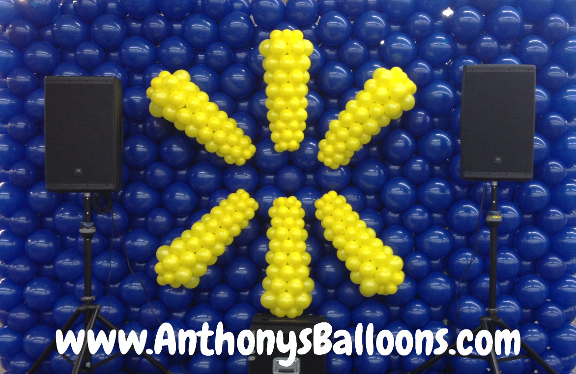 Walmart Balloon Wall