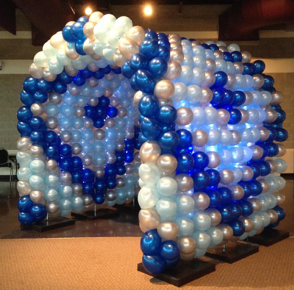Balloon Tunnel w_ Lights