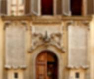 1920px-Palazzo_dei_Cartelloni_11_via_San