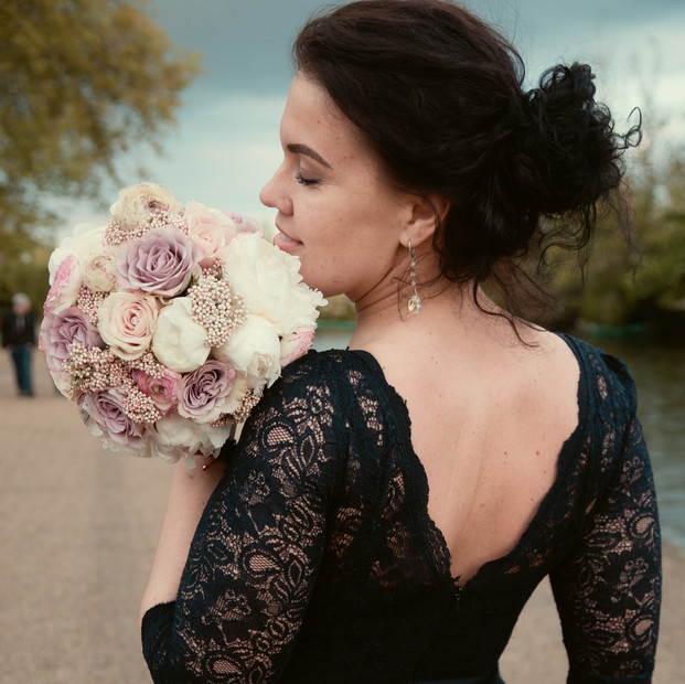 Soft,delicate bouquet.