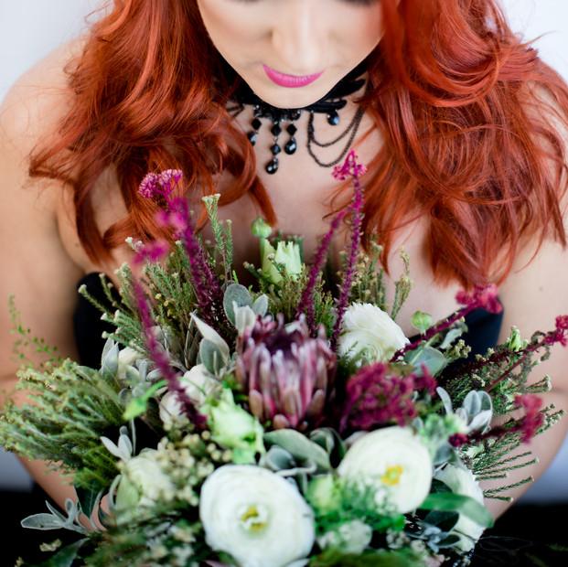 Photo shoots flowers.