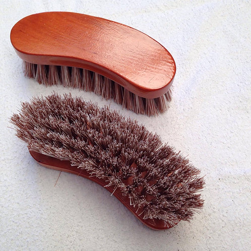 Rhinegold Curved Dandy Brushes