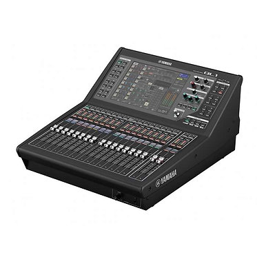 Yamaha QL1 32 Digital Mixing Console with Built-in Dante
