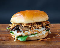 All-natural grilled chicken breast, swiss, fresh spinach, grilled mushrooms, crispy onions w/ aioli