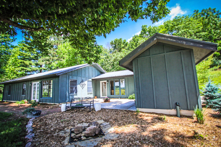 Bridal Exterior - Overlook Farm