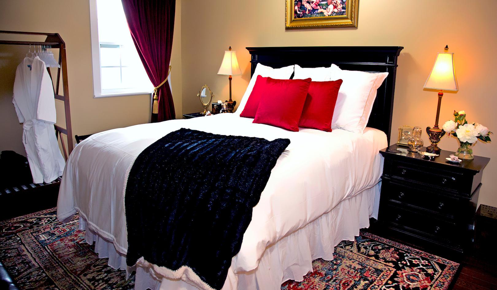 Bedroom - Overlook Farm