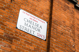 An international wedding at Chelsea Town Hall