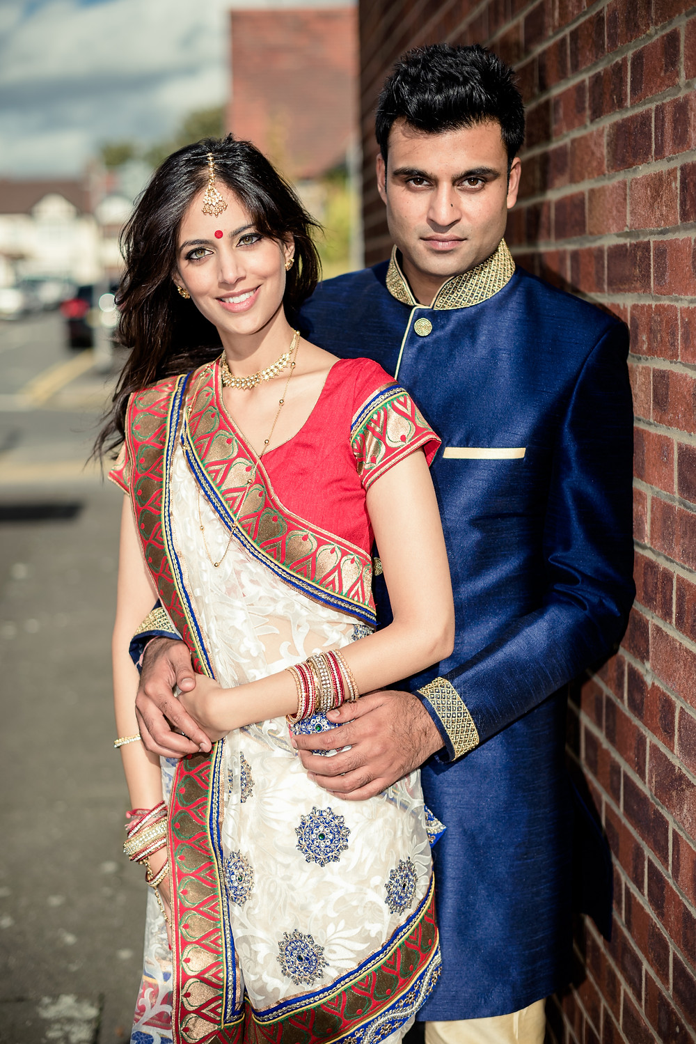 indian couple outdoor photoshoot