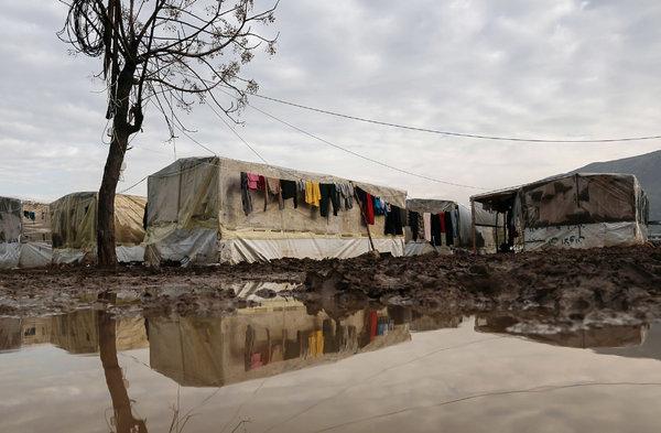 24iht-m24-lebanon-refugees-articlelarge-v3