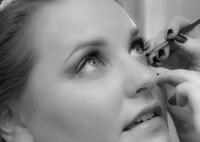 Julie_Wedding_Makeup (45 of 63).jpg