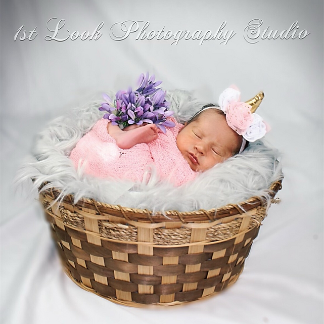 1stLook HD Ultrasound & Photography Studio Milestone Newborn Photo