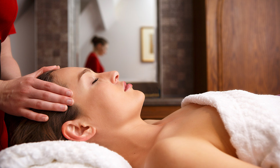 One Night Cotswolds Spa Break for Two at the 5* Ellenborough Park