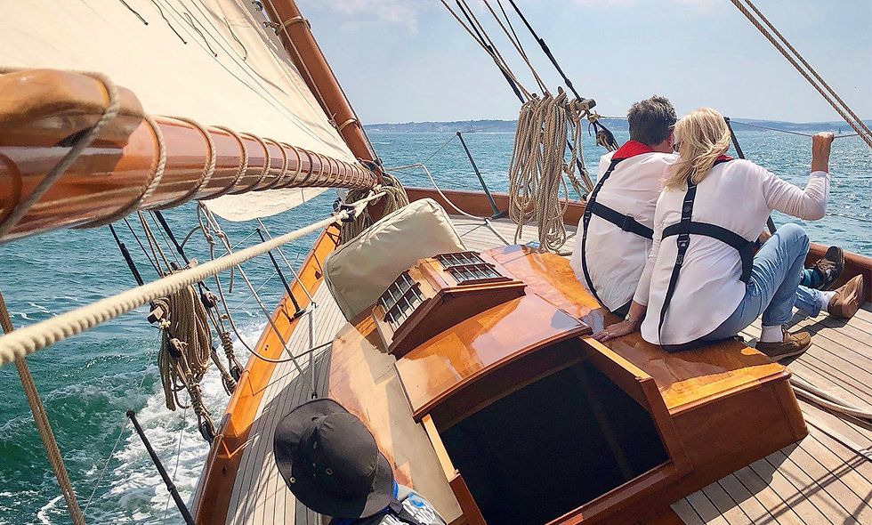 Half Day Sailing Experience Aboard a Victorian Sailboat