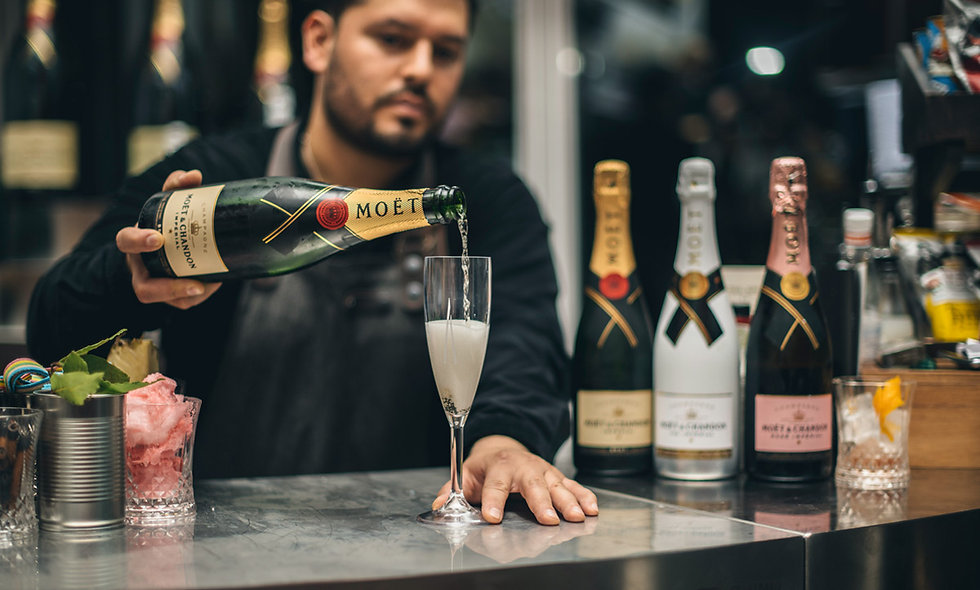 London's Highest Champagne Tasting for Two with Mo't