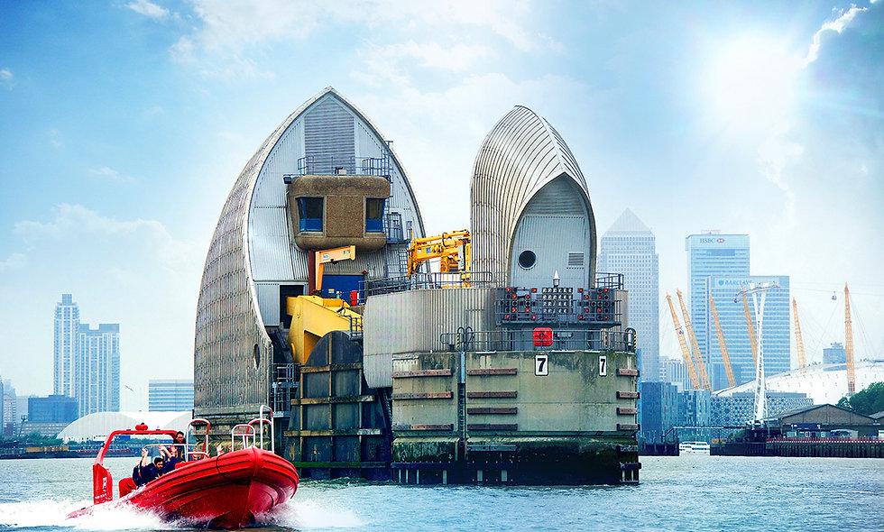 Break the Barrier, Thames Rockets Speed Boat Ride