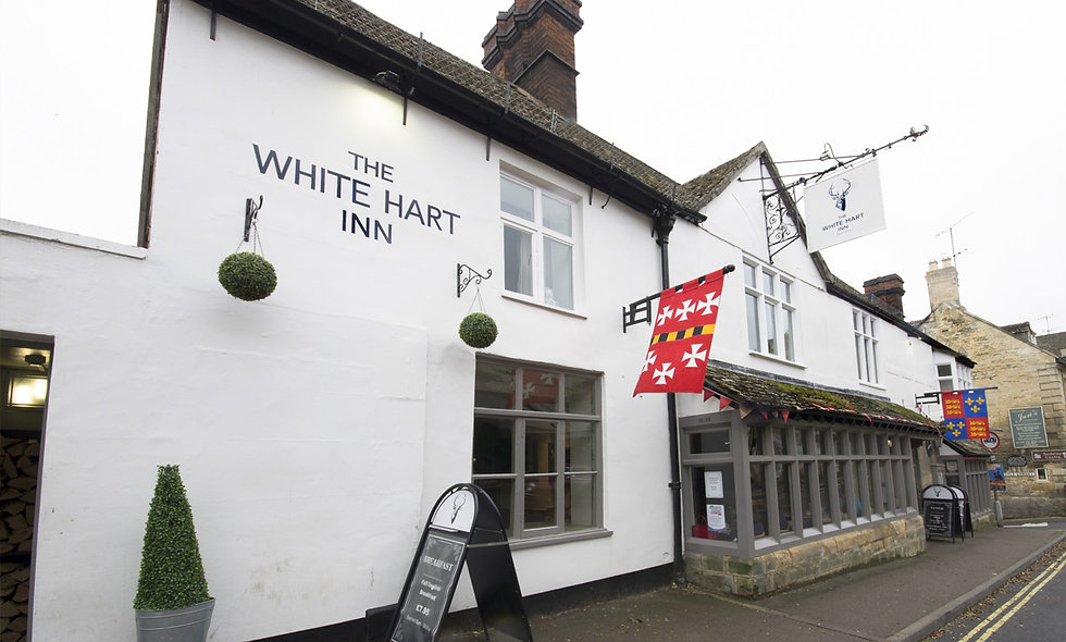 One Night Cotswolds Break with Dinner for Two at The White Hart